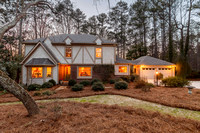 2910 Roxburgh Dr. Roswell, GA. Agent Cathy Treible
